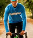 casual-cycling-clothing-button-blue-tee-exterior