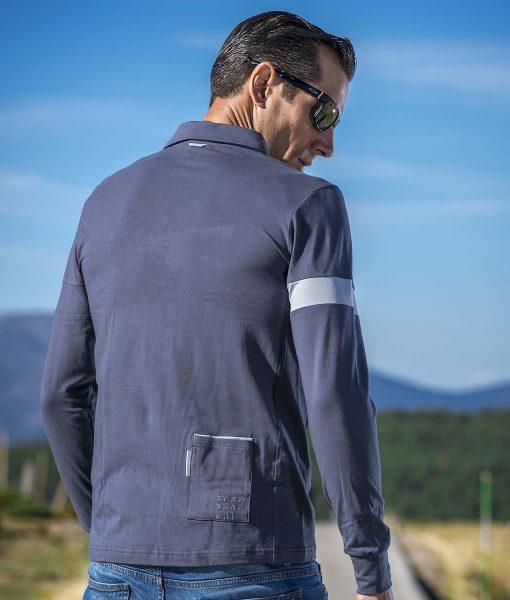 casual-cycling-polo-classic-titanio-exterior-back
