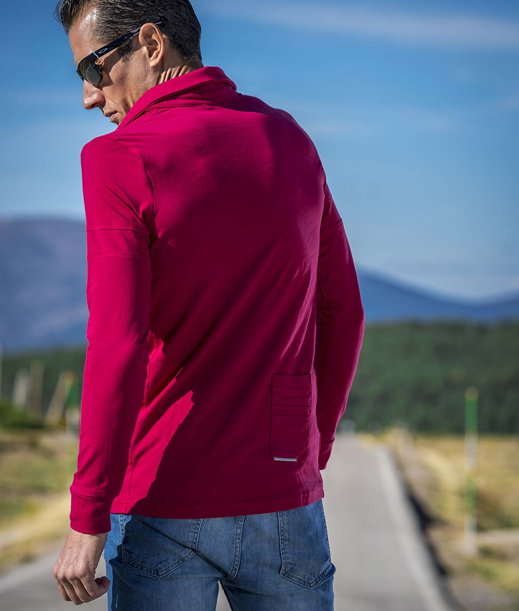 casual-cycling-maroon-classic-polo-outside-back