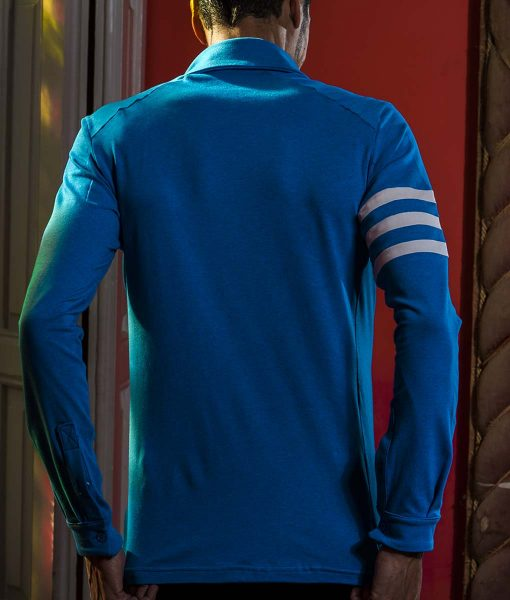 casual-cycling-transparent-Light-Blue-Merino-Shirt-back-restaurant