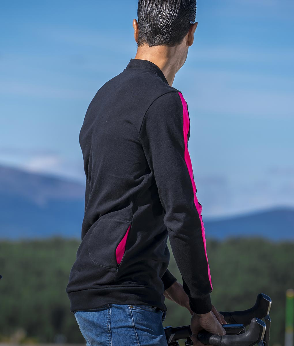 casual-cycling-polo-sport-detail-back